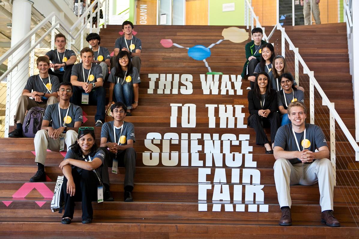 Украинские школьники вошли в сотню лучших юных ученых на конкурсе Google