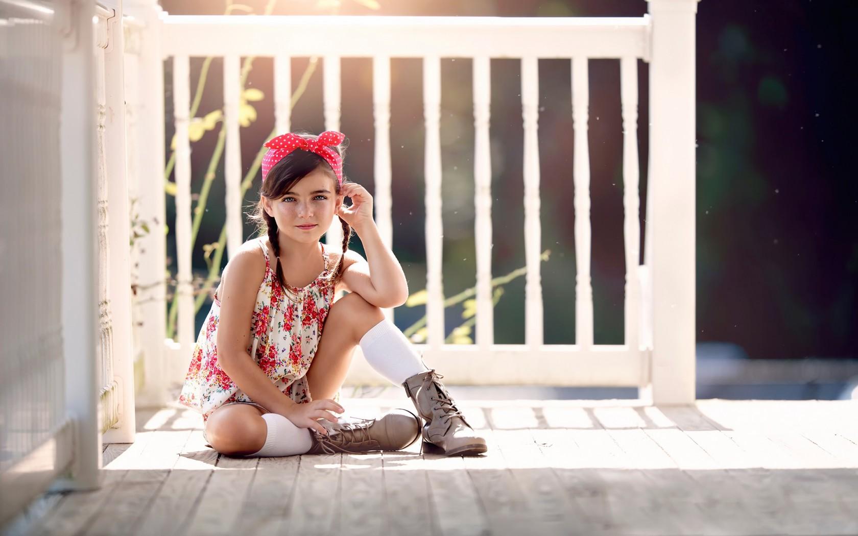 11 фраз, которые демотивируют вашу дочь