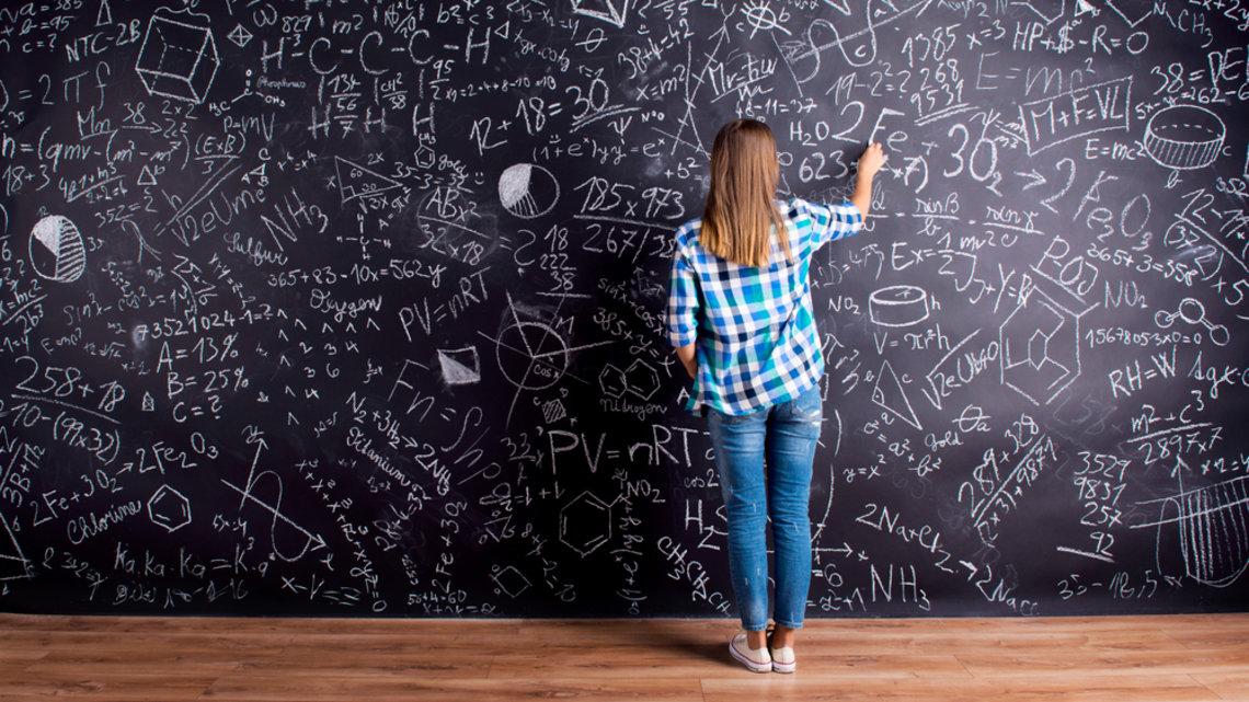 #дiвчатаSTEM: Новый украинский образовательный проект для девочек