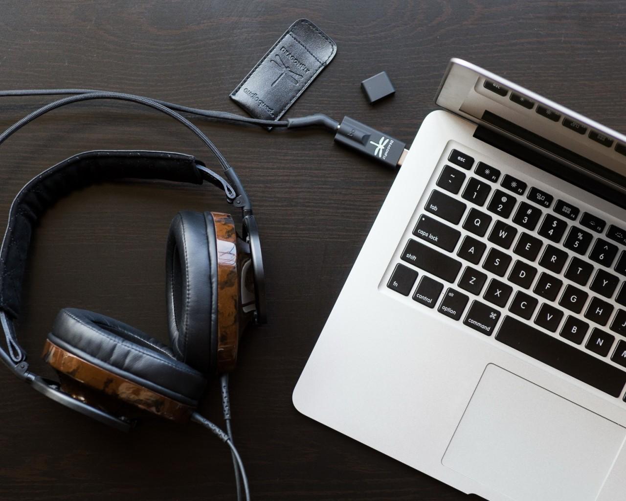 Музыка для мозга: Что слушать на работе