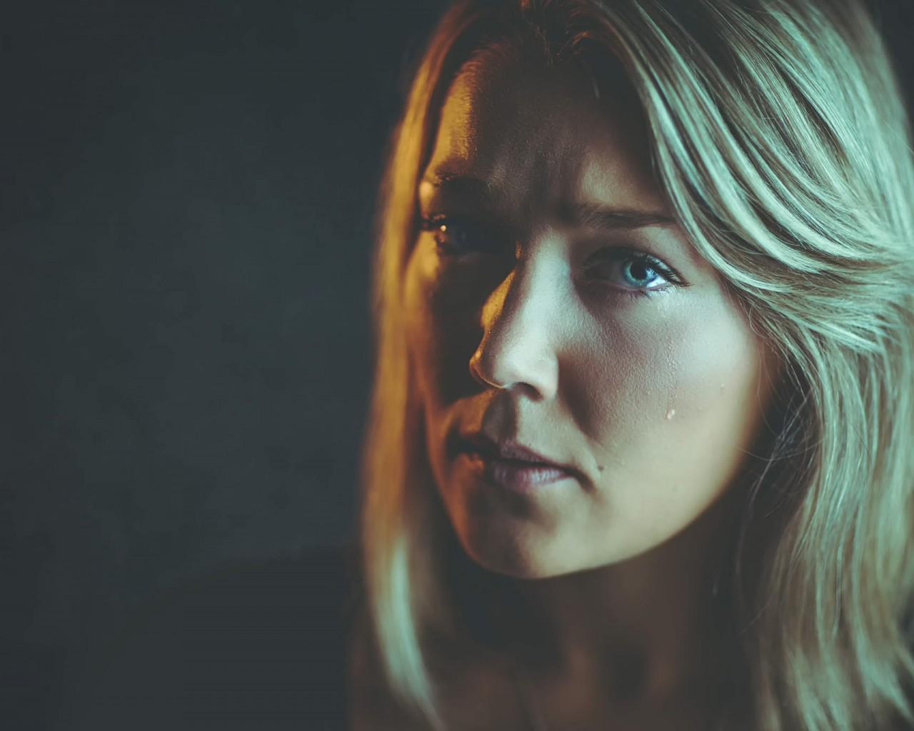 Как распознать насильника в семье: 6 первых признаков
