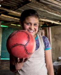 Фотопроект: Любимые игрушки детей из разных стран