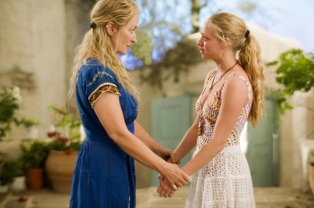 still-of-meryl-streep-and-amanda-seyfried-in-mamma-mia-large-picture-mamma-mia-6a0143100dc167553a0128d5a66ee4d4-big-21132