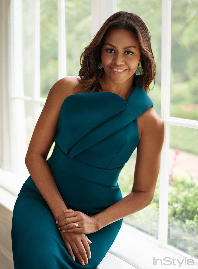 """Мишель Обама: """"Как же будет здорово открыть газету, взглянуть на первую страницу и не увидеть своего имени в заголовке"""""""