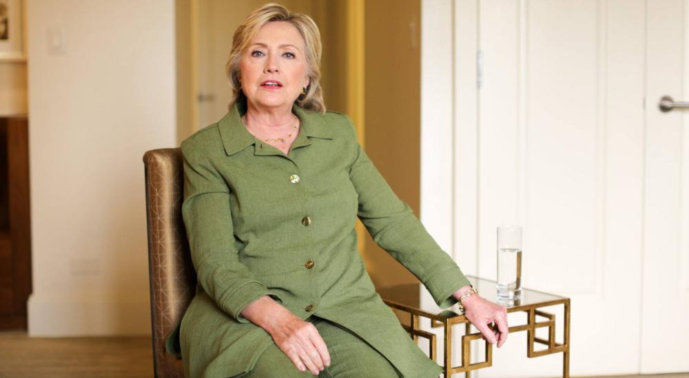 """Хиллари Клинтон: """"Я не считаю себя бесчувственной, но если я произвожу такое впечатление, я не могу винить людей за это"""""""