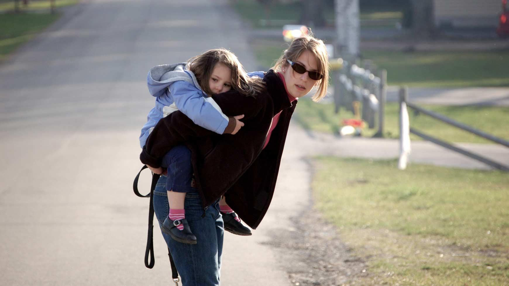 Кэри Рэдиган: «Матери отлично знакомы с рынком чувства вины, о котором не пишут в газетах»