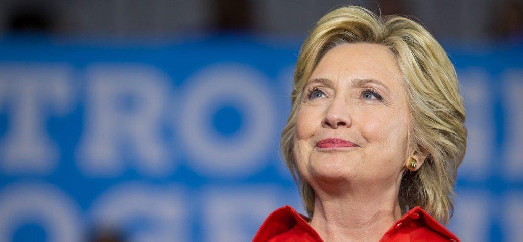 """Хиллари Клинтон: """"Семья не должна стать препятствием для исполнения вашей мечты"""""""