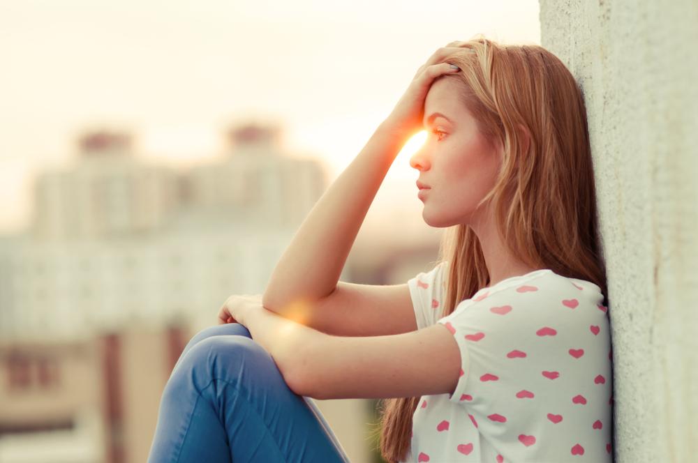 Двойной перелом: Как помочь подростку принять новую страну