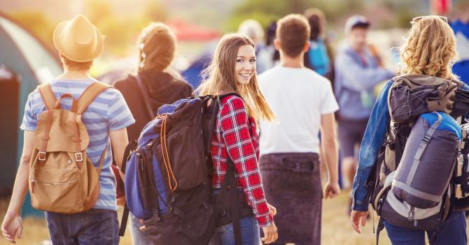 Грамотный отдых: 12 осенних лагерей для школьников