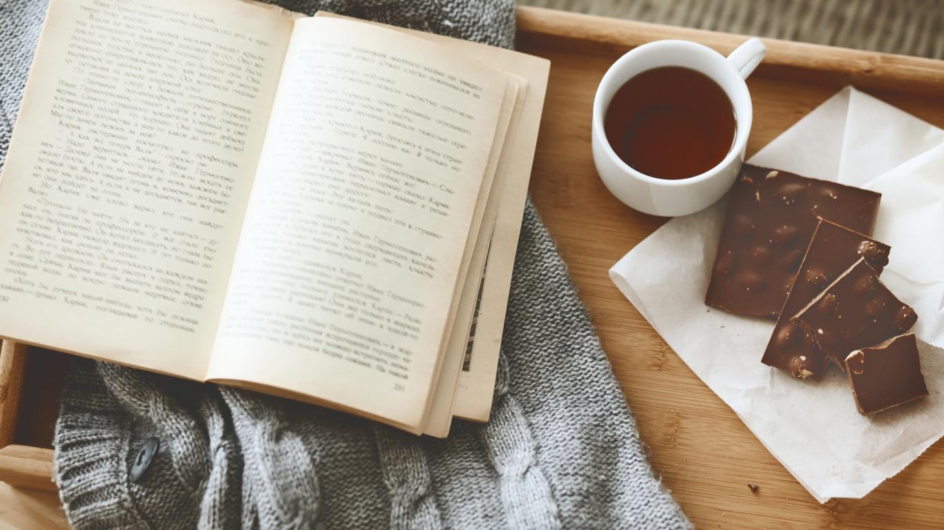 10 лучших книг для поднятия настроения