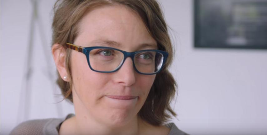 Видео: Материнство - не конец карьеры