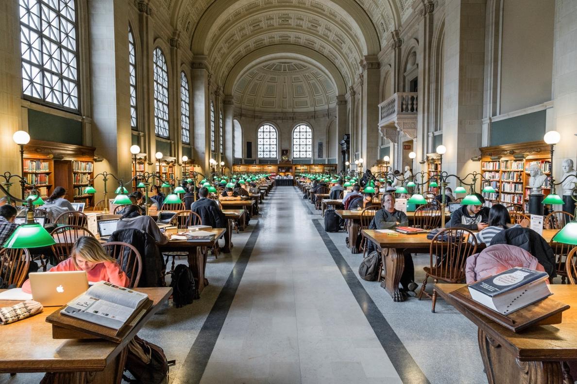 Study abroad: 7 стипендий и грантов для студентов от иностранных вузов