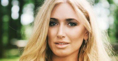 Ирина Галай: «От женщины общество ждет многого, а от красавицы – в два раза больше»