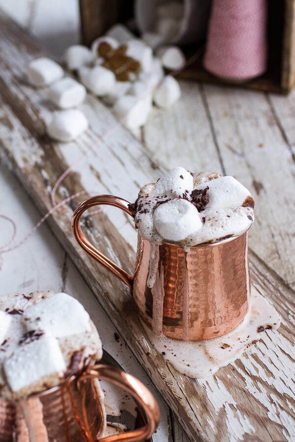 gingerbread-surprise-beignets-with-spiced-mocha-hot-chocolate-7