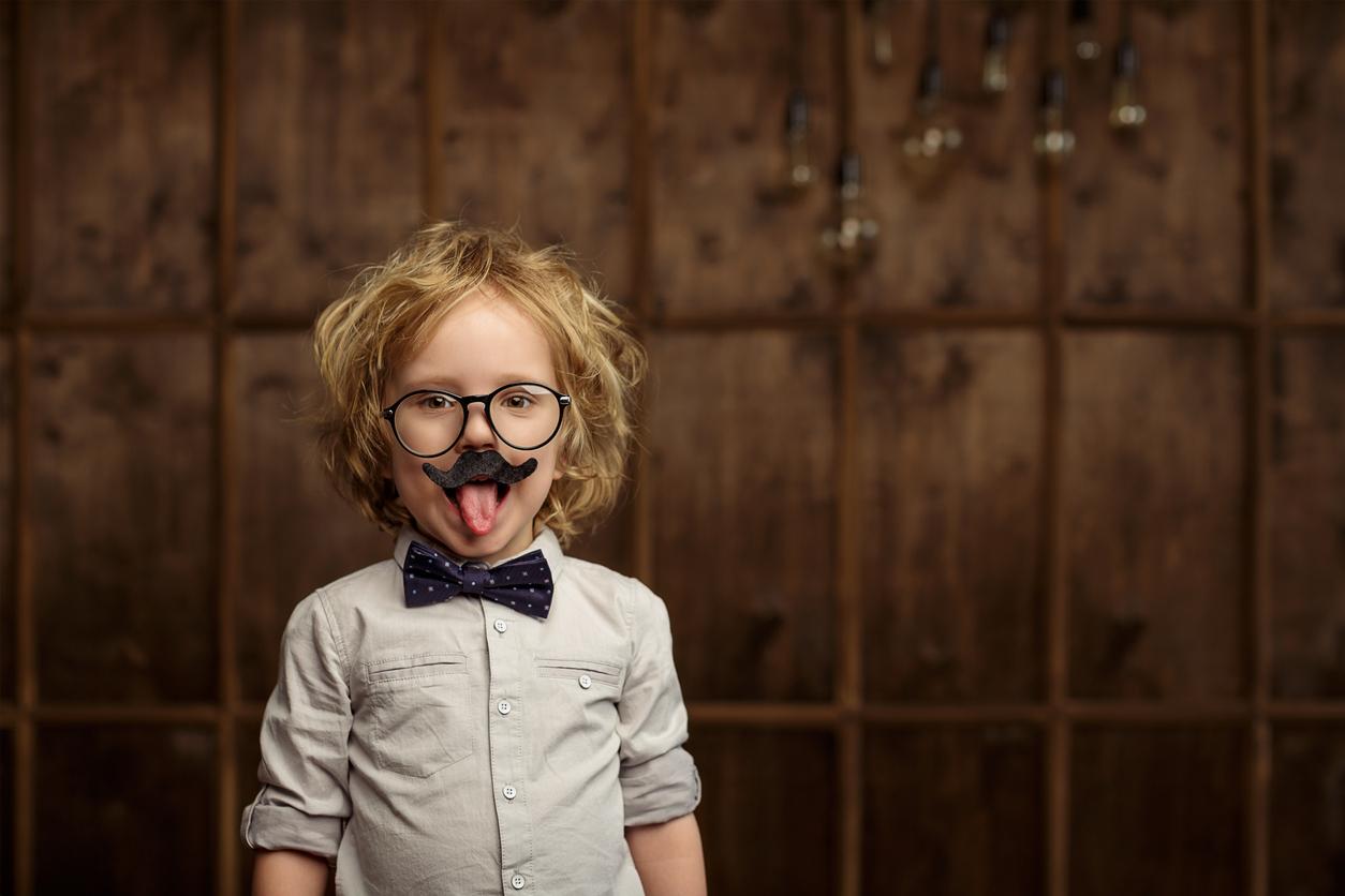 """""""Совсем как Эйнштейн"""": Эффекты и дефекты похвалы ребенку"""