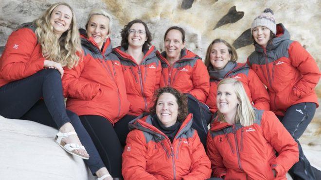 На борту только женщины: 76 ученых отправились в крупнейшую экспедицию в Антарктиду