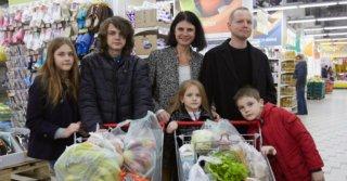 Плюс четыре: Сколько «стоят» четверо детей Ольги Яценко