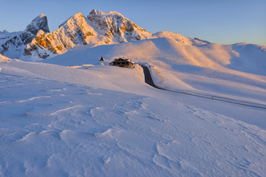 Last rays of sunlight, Passo di Giau, Dolomites, Italy