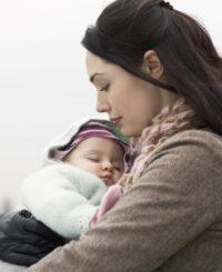 Карьера vs. материнство: 30% украинок выходят из декрета раньше времени