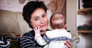 """Люси Джонс: """"Когда моя дочь родилась, часть меня умерла"""""""
