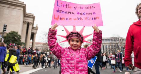 Лицо демократии: 15 лучших лозунгов детей на #WomensMarch