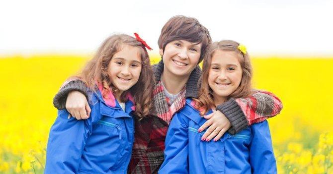 WoMo Abroad: Три британки о женщинах в топ-менеджменте, английских бабушках и папах в декрете