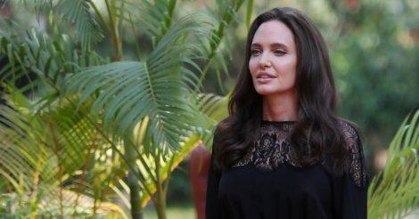 Анжджелина Джоли обратилась к жертвам домашнего насилия