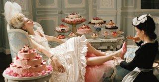 Быт заел: Какие психологические проблемы мы компенсируем едой