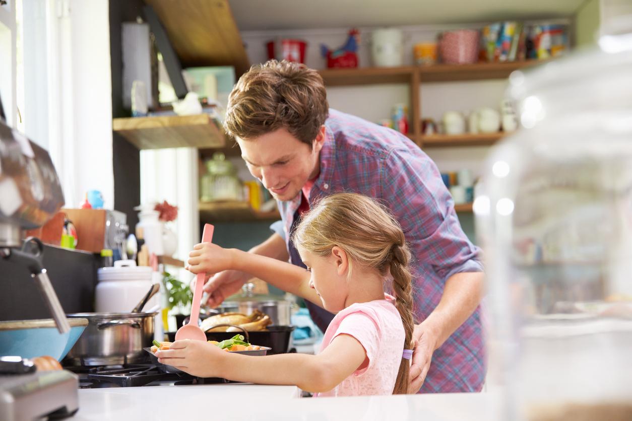 Долго и счастливо: Как сохранить живые отношения в семье