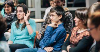 Диалог поколений: Непростой разговор о воспитании