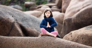 Тихий час: Нужна ли медитация в школах