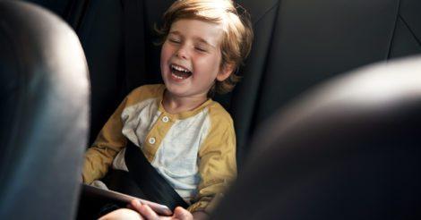Нескучные выходные: 11 развивающих игр для детей