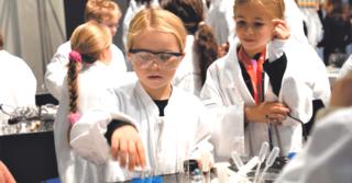 Космовизия-гид: 10 самых интересных мероприятий Детского Форума