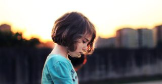 """""""Дурашка ты моя"""": Механизм обесценивания в системе родительско-детских отношений"""