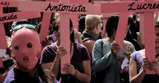 """""""Плохие"""" девочки: Прокурор осудил стиль жизни убитой женщины и получил пропорциональный общественный протест в ответ"""
