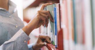 For women only: 4 стипендии на обучение за границей