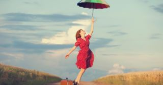 Beauty suitcase: 6 средств для защиты от солнца, которые стоит взять в отпуск