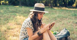 Be smart: 9 образовательных Telegram-каналов для взрослых и детей