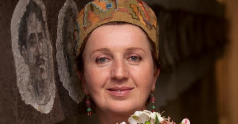 """Валентина Роєнко-Сімпсон: """"На мій погляд, для того щоб було здорове суспільство, жінку треба обожнювати"""""""