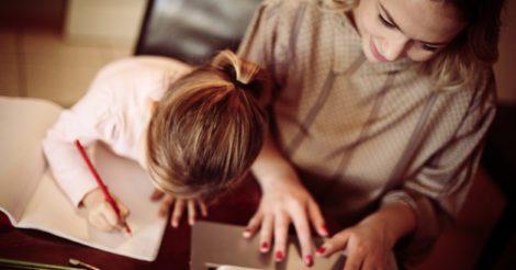 Без соперничества: Как стать позитивной ролевой моделью для дочери