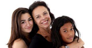 """WoMo Abroad: Три австрийки о вызовах для работающих мам, интровертности женщин и """"мужском мире"""""""