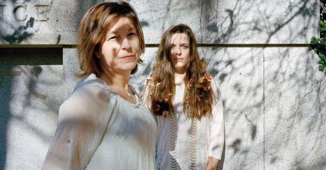 Дочки-матери: Почему мы осуждаем нелюбимых дочерей