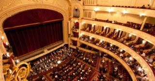 Куда пойти в театр в Киеве в мае 2021: актуальная афиша