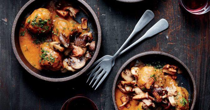 Съесть и улететь: 5 грибных рецептов Джейми Оливера