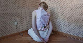 Лицо и изнанка: Портрет абьюзера в белом пальто