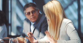 Toxic: Как справиться с неприятным отношением коллег