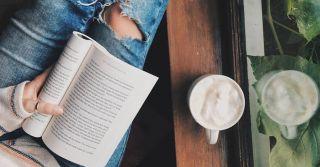 """""""На колесах"""": 10 книжкових антидепресантів від інтелігентних людей"""