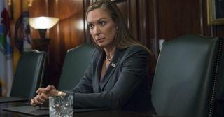 Эмоции на работе: Если женщина их прячет, она не выглядит профессиональнее