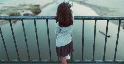 СДВГ у девочек: Отличия от мальчиковых симптомов и цена неправильной диагностики