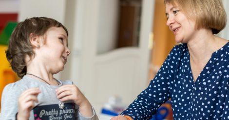 """Книгарня """"ДієСлово"""" збирає кошти на будівництво нового центру для онкохворих дітей"""